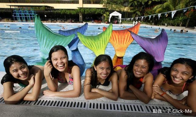 快来报名「美人鱼游泳学校」!图片