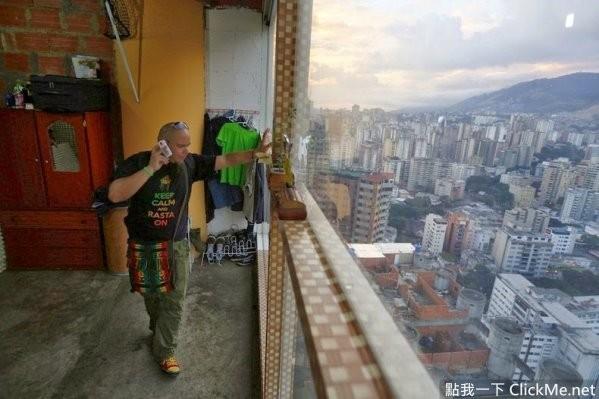自给自足的《世界最高的贫民窟》,居然连24小时保全都有!