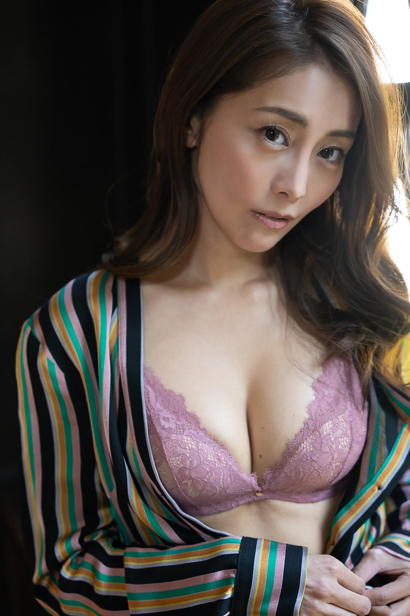 成熟性感无法挡!《熊切あさ美》40岁的冶艳性感女人最知道![30P]