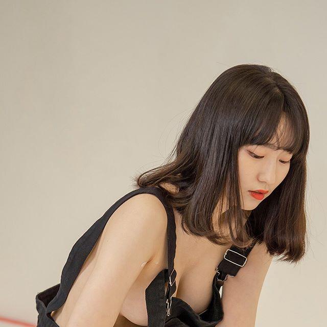 """美女网红""""无罩开箱居家用品""""-91-『游乐宫』Youlegong.com 第8张"""