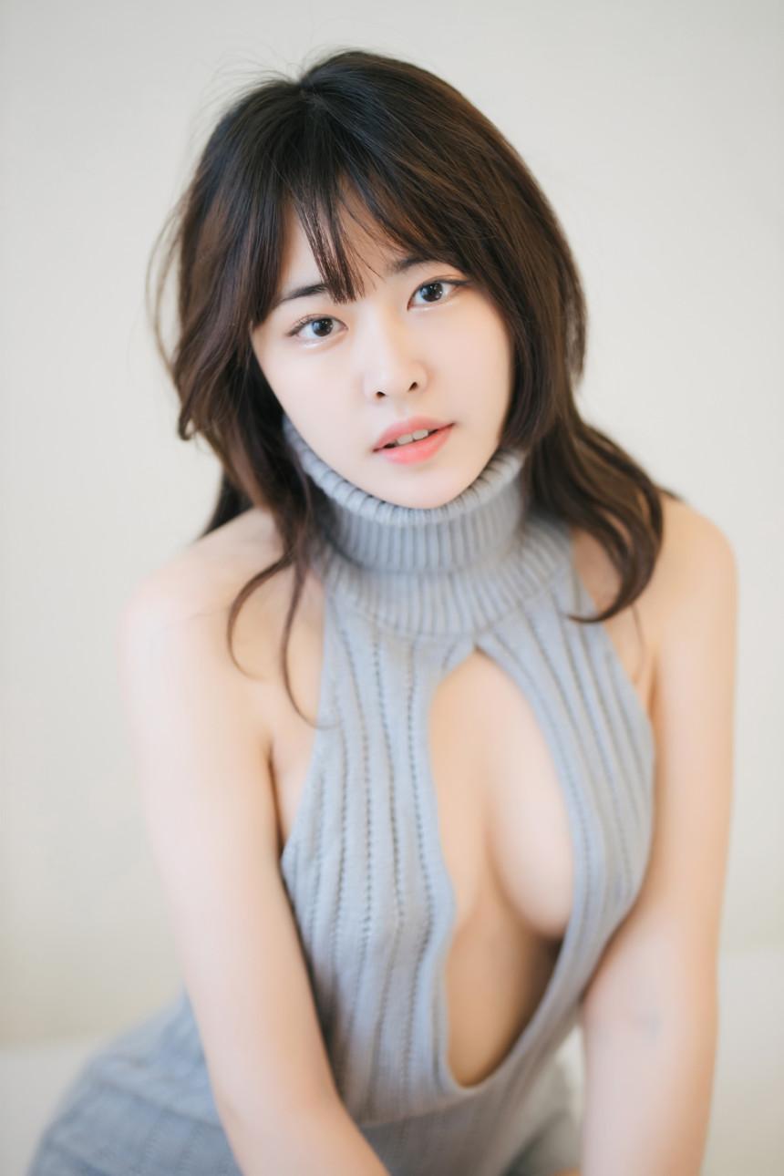 甜美火辣兼具!韩国直播主《하느르Hanuru》登性感杂志狂秀美体!  正妹 欧派 写真 女模 美女 第12张