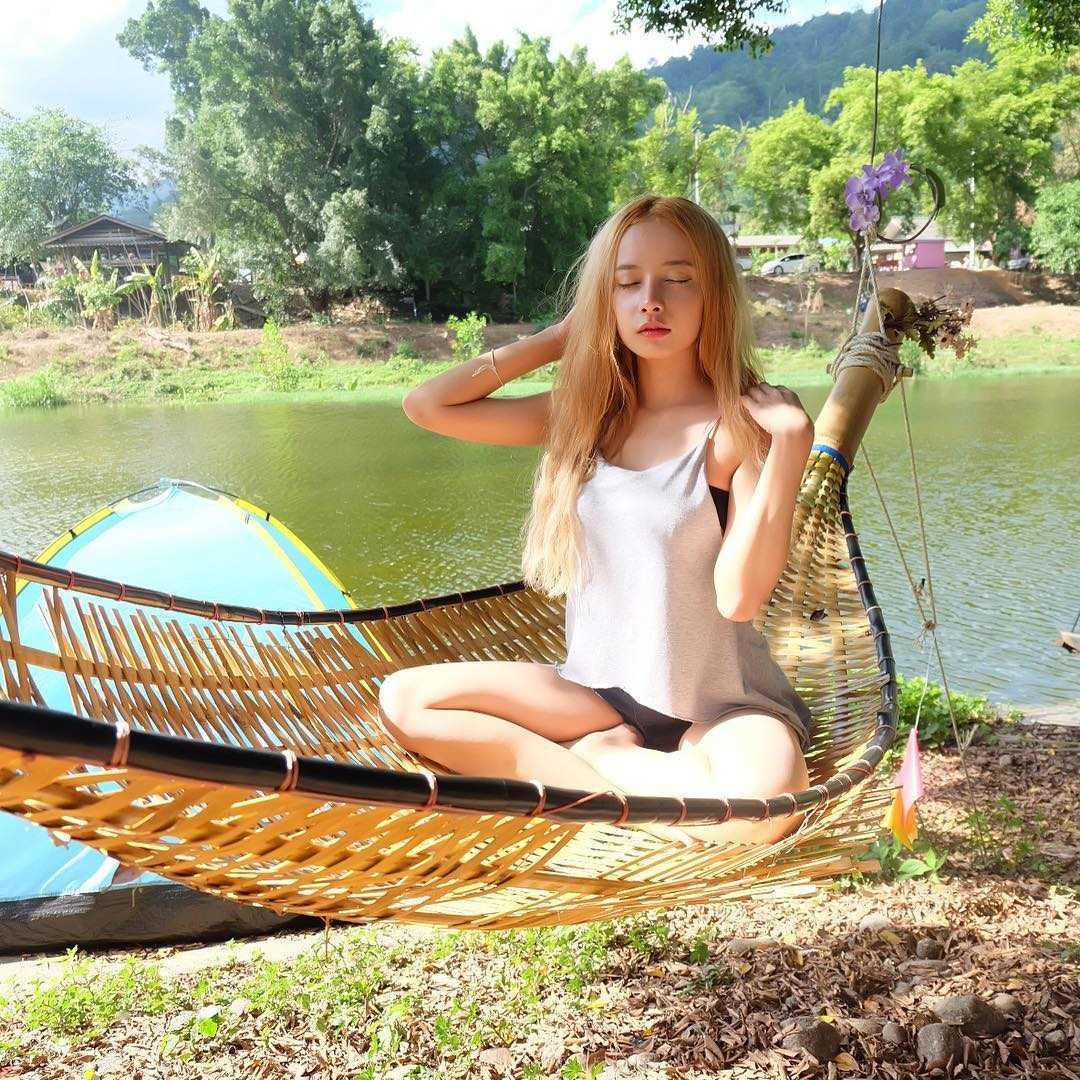 泰国骚气小妖精barbie Mozz,超色气软肉溢出透出阵阵奶香使人受不了[26P]