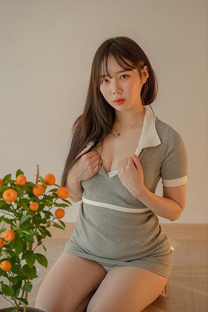 """美女网红""""无罩开箱居家用品""""-91-『游乐宫』Youlegong.com 第1张"""