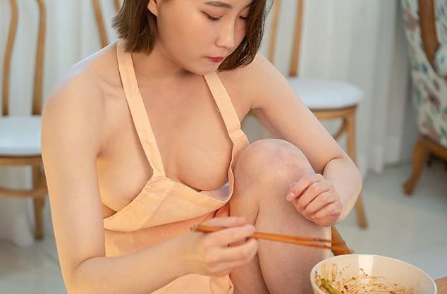 """美女网红""""无罩开箱居家用品""""-91-『游乐宫』Youlegong.com 第12张"""