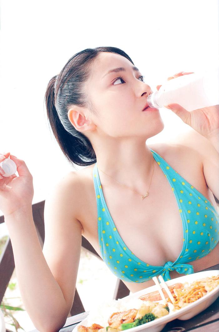 日本偶像《吉川友》演出取消每天在家數種子,被瘋傳後大喊:嫁不出去啦!, 網路正妹美女分享