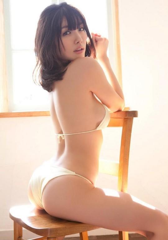 石原里美欧派升级版《今野杏南》电影床戏上空演出-世界之美-环球女郎